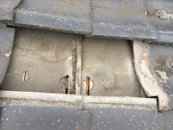 岡山市南区 雨漏り修理 下葺き材の防水紙(ルーフィング)の破れ