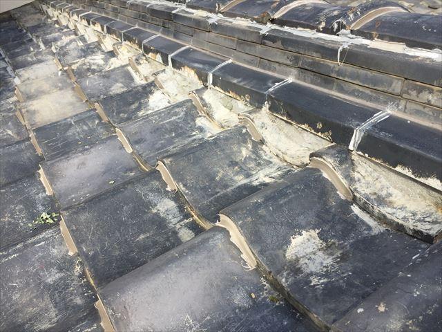 岡山市中区で日本瓦を撤去して、台風に強い防災瓦に屋根替え工事