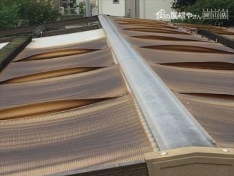 岡山市中区 カーポートの波板が飛んだ