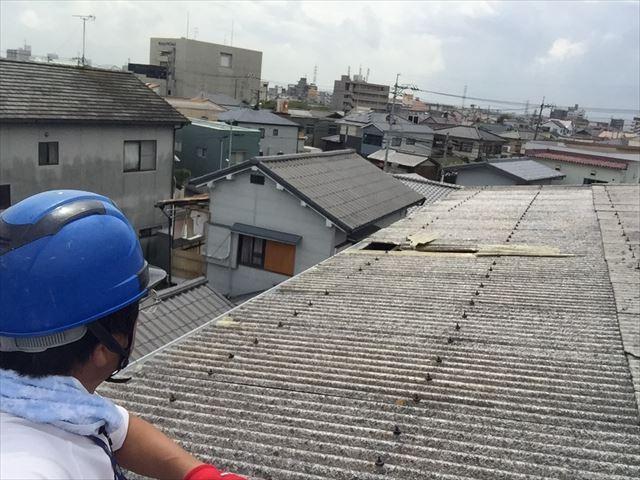 岡山市北区で屋根が飛び、今後の台風でほかの屋根が飛ぶのが心配