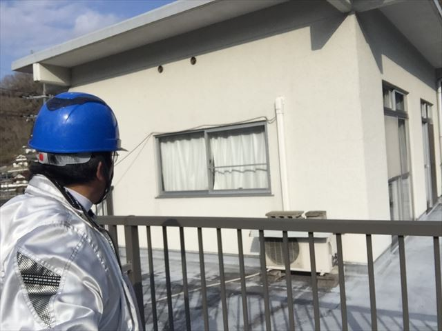 高梁市で陸屋根の勾配を変え、陸屋根を瓦屋根に変えて頂けますか?